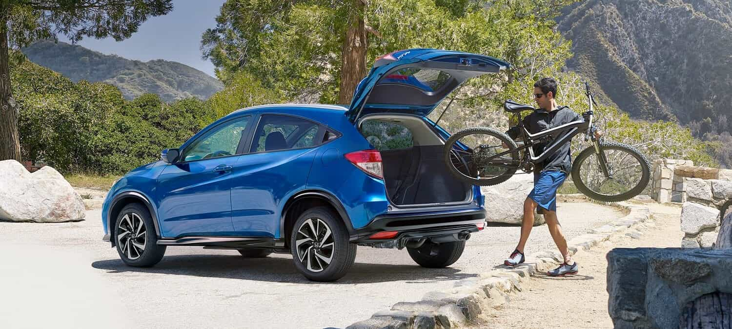 2020 Honda HR-V AWD Exterior Rear Angle Driver Side