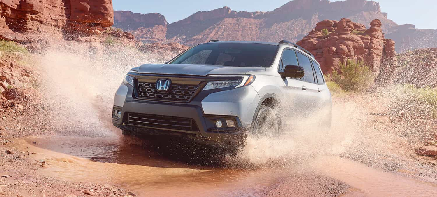 2020 Honda Passport AWD Exterior Front Angle Desert Location
